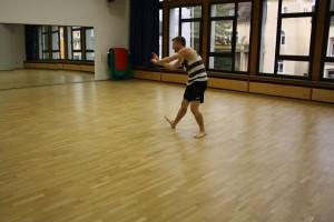 15. Tim zeigt viel Koennen beim Contemporary Dance