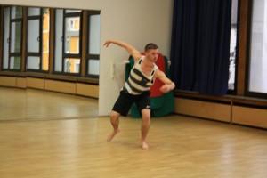 16. Tim zeigt viel Koennen beim Contemporary Dance