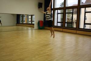 19. Tim zeigt viel Koennen beim Contemporary Dance